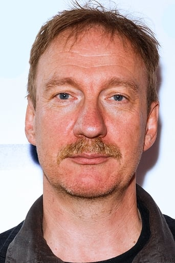 David Thewlis alias Sir Patrick Morgan / Ares