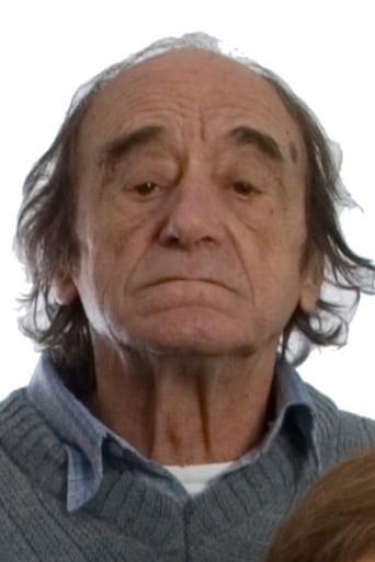 Image of Oscar Núñez