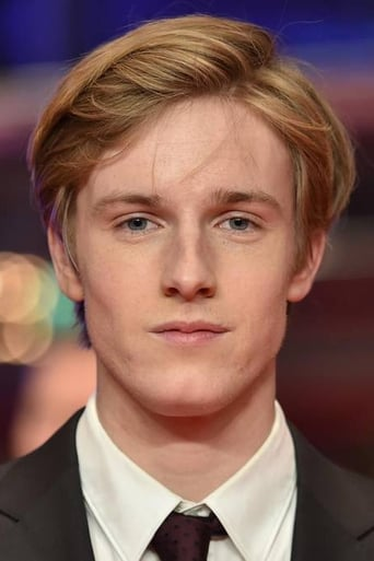 Image of Louis Hofmann