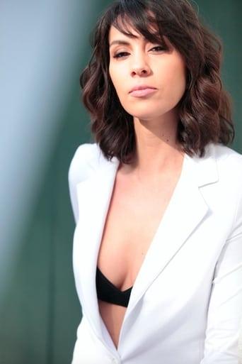 Image of Alexandra Manea