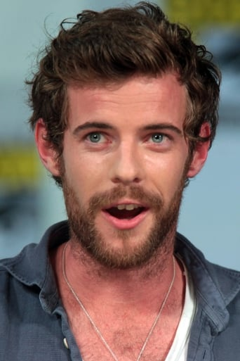 Image of Harry Treadaway