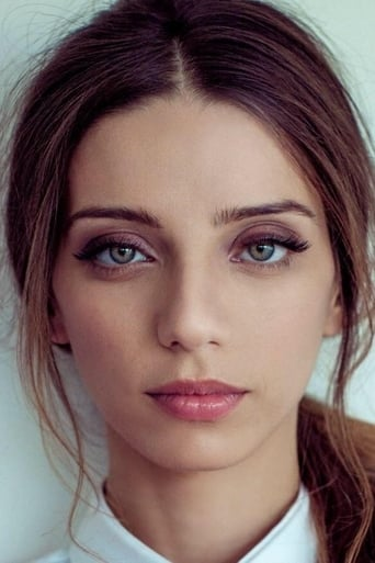 A picture of Angela Sarafyan