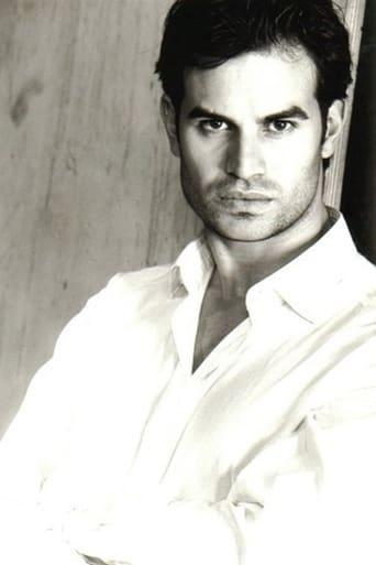 Image of Manuel Oliverio
