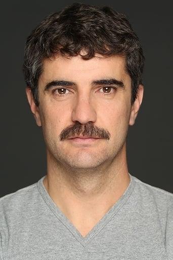 Image of Roberto Chapu