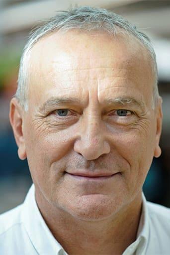 Image of Simon Greenall