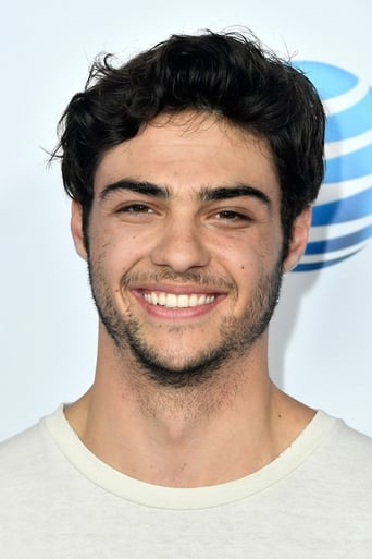 Noah Centineo alias Langston