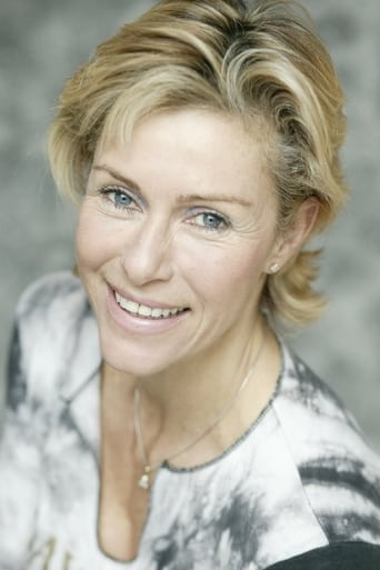Image of Belinda Mayne