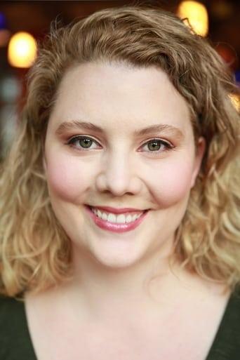 Image of Nikki Lowe