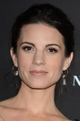 Image of Leah Cairns