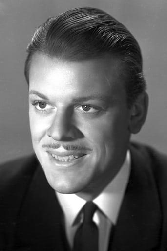 Image of Donald Briggs