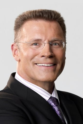 Image of Howie Long