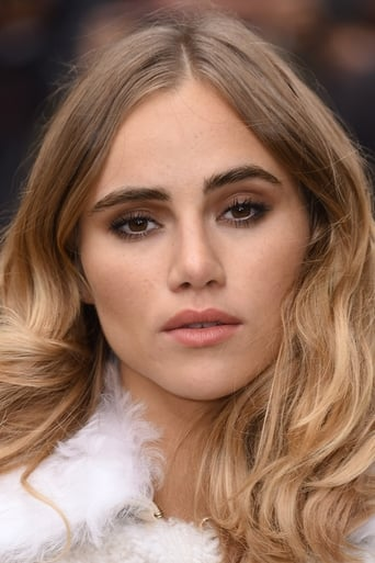 Image of Suki Waterhouse