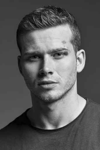 Image of Oliver Stark