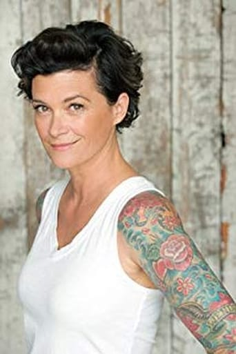 Image of Lisa Lynch