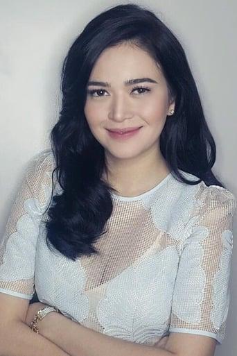 Image of Bela Padilla