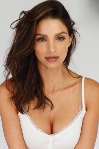 Image of Nadia Sloane