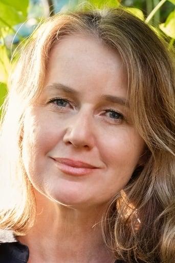 Image of Elise McCredie