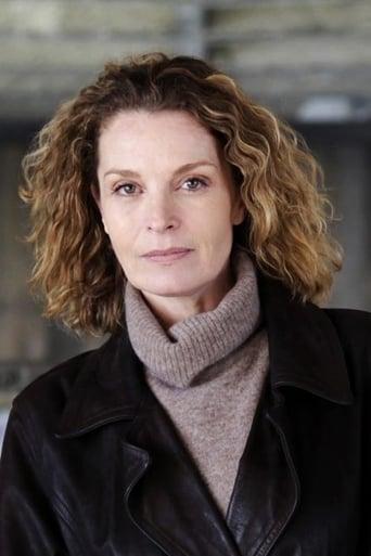 Image of Isabelle Renauld