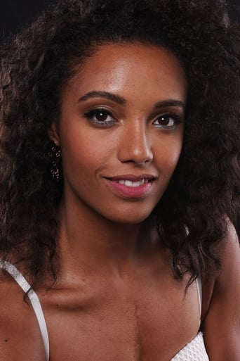 Maisie Richardson-Sellers alias Charlie