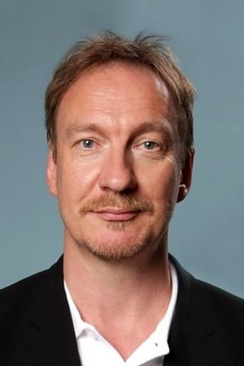 David Thewlis alias Ares