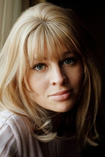 Julie Christie alias Queen Aislinn