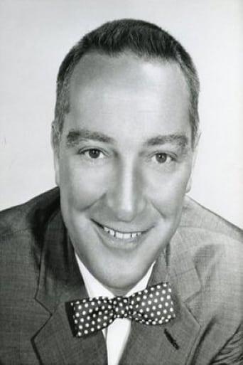 Image of Garry Moore