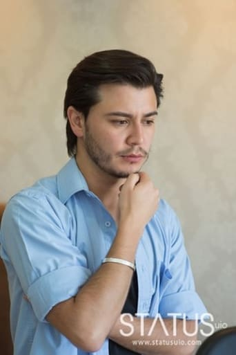 Image of Raúl Santana