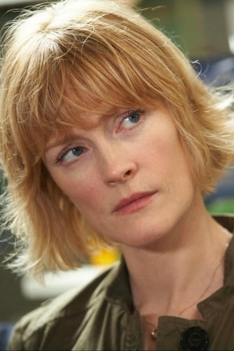 Image of Claire Skinner