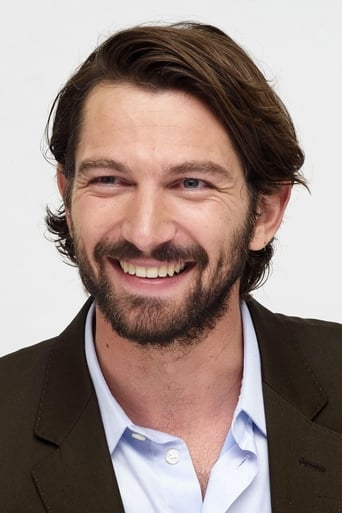 Image of Michiel Huisman
