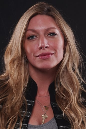 Jes Macallan alias Ava Sharpe