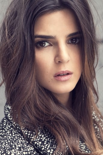 Image of Clara Lago