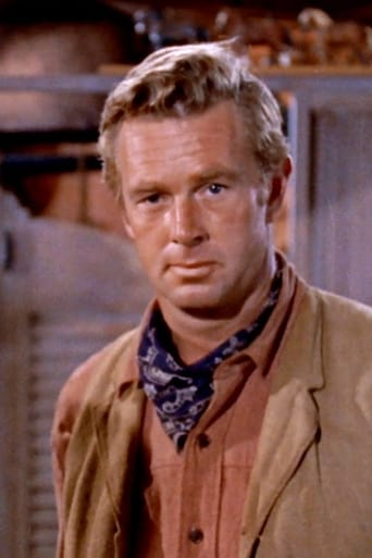 Sterling Hayden alias Capt. Mark McCluskey