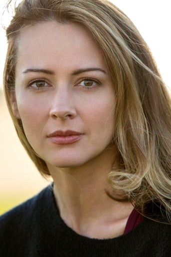 Image of Amy Acker