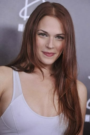 Amanda Righetti alias SHIELD Agent
