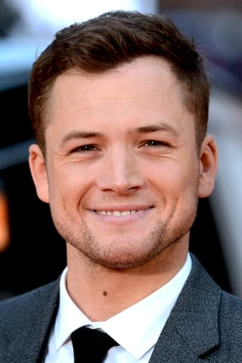 Taron Egerton alias Elton John / Executive Producer