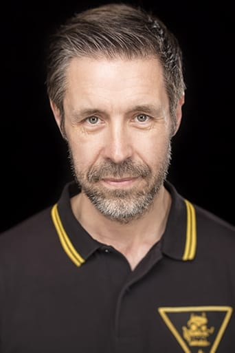 Paddy Considine alias Mr. Martin