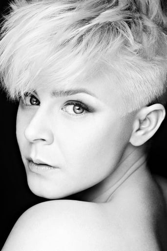 Image of Robyn
