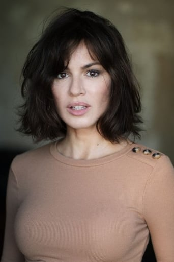 Image of Natalia Avelon