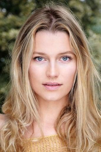 Jessica Madsen Profile photo