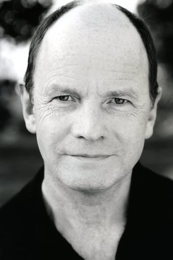 Image of Simon Chandler