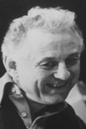 Джуліан Еміс