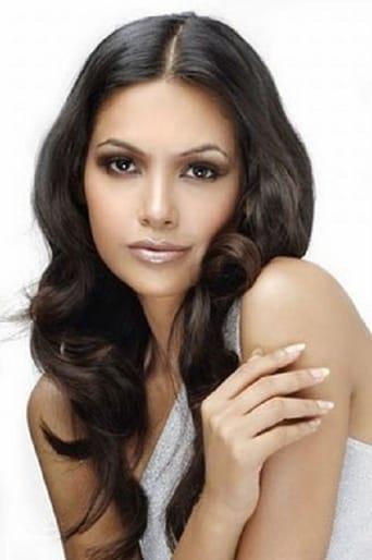 Image of Esha Gupta