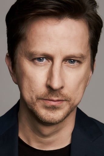 Image of Lee Ingleby