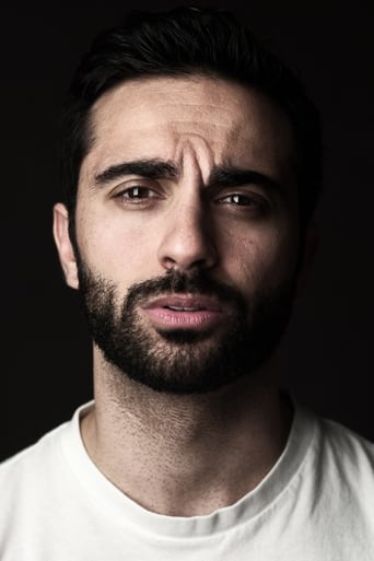Image of Lee Majdoub