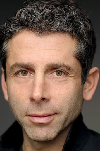Image of Elliot Levey