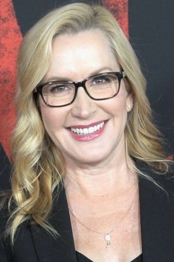 Image of Angela Kinsey