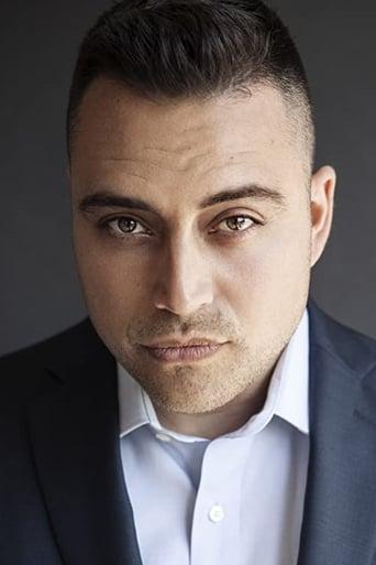 Image of Benjamin Arcé