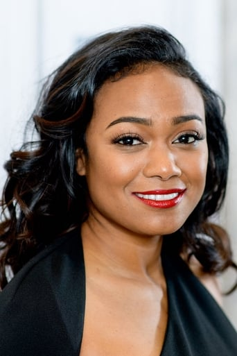 Tatyana Ali alias Janell Cross