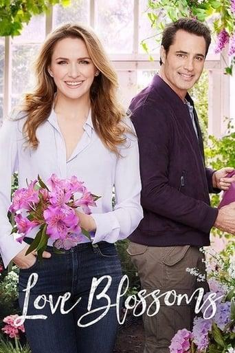 Poster of Love Blossoms fragman