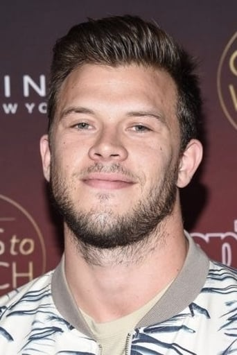 Jimmy Tatro alias Firefighter Savage